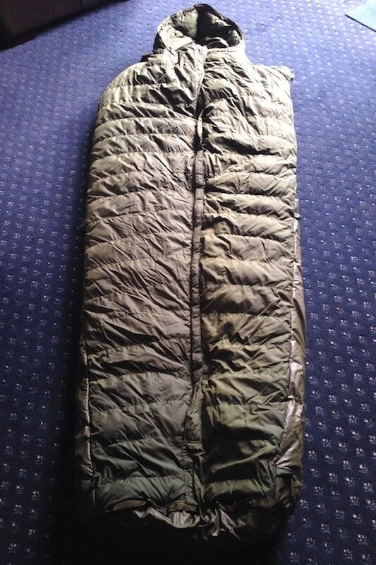 British Army Sleeping Bag - Feather Filled -