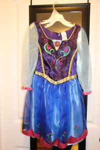 Frozen's Anna dresses, wig & accessories
