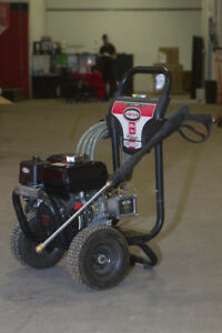 Lightly Used Simpson Professional Grade 3200 PSI pressure washer