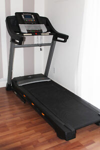Tapis Roulant/ Treadmill NordicTrack C700  + extras!!