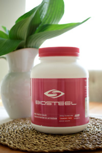 NEW!!! BioSteel Sports Whey Protein Isolate - Strawberry (2lbs)
