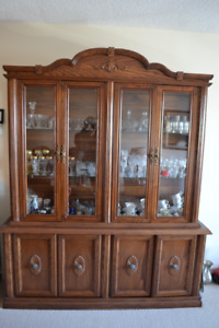 SOLID OAK china cabinet and hutch