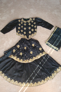 Lengha - Black and Gold