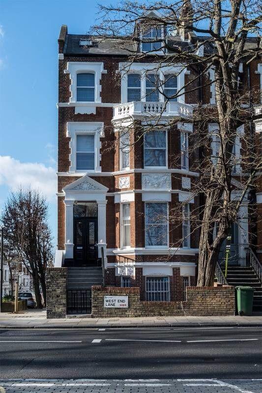Special Offer £265pw - 15' Bond Street - Short Let 1 month min - Available 21st December