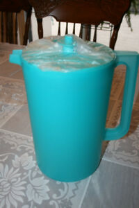 Tupperware Large Pitcher/ Wineglasses