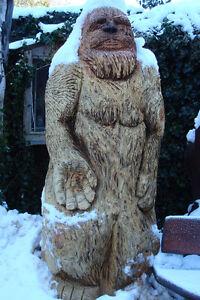 bigfoot carving 8 foot tall