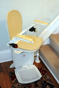 Excellent Acorn 80 Stairlift w/ optional Curved  SEE VIDEO