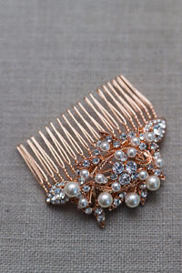 Beautiful faux Gold/Pearl hair comb