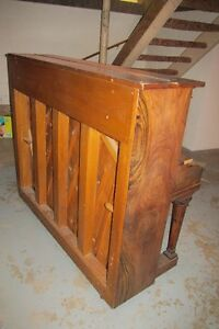 MOZART PIANO #1500 FOR SALE London Ontario image 5