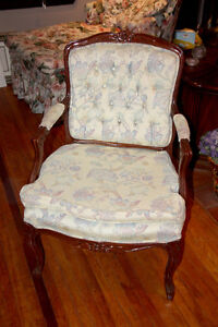 Vintage Style Arm Chair