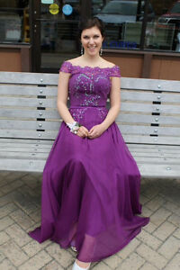Grad Dress For Sale Size 6 Small Fit