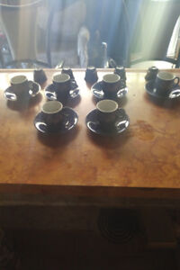 Vintage Japanese tea cups and saucers ... 50$..obo.