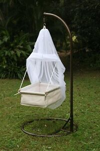 Indoor/outdoor cradle basinette Darra Brisbane South West Preview