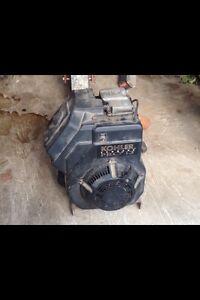 13 HP Kohler side shaft motor