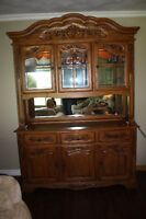 Gorgeous Large Solid Oak Hutch in Great Condition