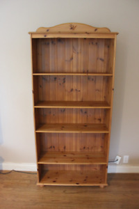 Bookcase shelf - Free
