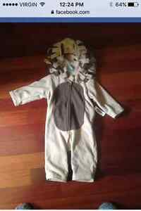 12-18mnth NWT lion costume
