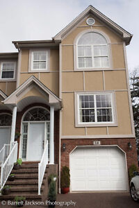 Executive Semi In Clayton Park Area OPEN HOUSE 2-4 SUNDAY