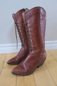 Vintage leather cowboy boots size 9-9.5