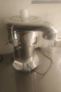 Commercial Juicer