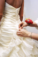 Alteration/Seamstress in Barrie(50% off) 705-716-9535