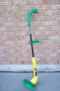 Weed Eater Twist'N Edge Electric Grass Trimmer