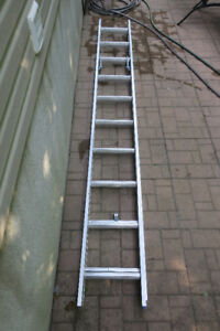 20' LONG EAGLE EXTENSION LADDER - NEW!