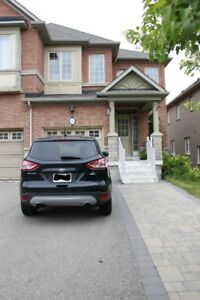Townhouse for rent in Thornhill Woods - NO LONGER AVAILABLE