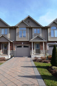 Gorgeous Executive North End Townhouse with GARAGE!