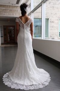 Beautiful Alfred Angelo Off White Wedding Dress