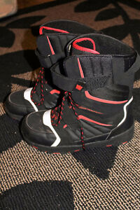Snowboard Boots - Walmart Brand - Size 12 (Fits like 9 or 10)