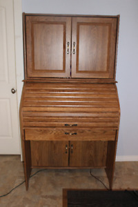 ROLL-TOP SEWING MACHINE CABINET DESK