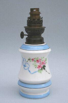 Petroleumlampe, Porzellan, 19.Jahrhundert