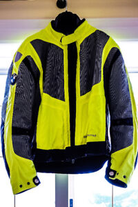 BMW Airshell Vest like NEW