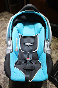 Baby Trend Infant Carrier/Car seat