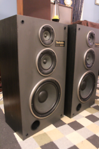 VINTAGE TECHNICS SB L42A 3 WAY SPEAKERS