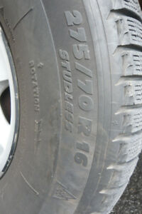 4 x Michelin X-Ice 275/70/16  &  4 Mags GM Pickup 6x139.7