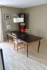 2 bedrooms on Saskatchewan Drive - Available in DEC 2016!