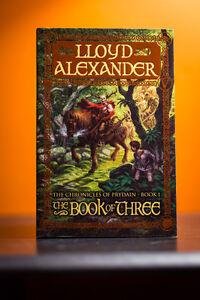The Book of Three + The Black Cauldron - Lloyd Alexander