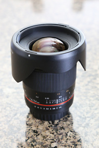 Rokinon 24mm f/1.4 ED AS UMC Wide-Angle Lens for Canon (MINT!)