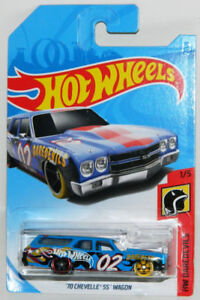 Hot Wheels 1/64 '70 Chevelle SS Wagon Diecast Car Blue