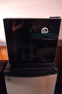 Wine cooler  never used