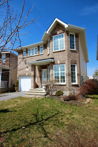 OPEN HOUSE SUN JUN 25/ REDUCED PRICE 4+1 bdrm/2.5 bath