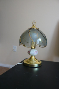 CLASSIC DESK LAMP with glass shade