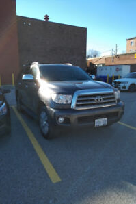 Lease Take Over - Toyota Sequoia 2016 - 8 Passenger - MINT