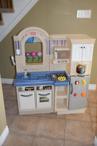 Kids Double Sided Play Kitchen and BBQ set with cart and food