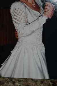 Wedding Dress Belleville Belleville Area image 9
