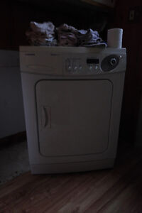 Apartment size dryer ( 24in ) - 220vac