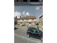 2 bed flat first floor converted hpuse