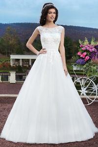 Robe de mariée style princesse- robe lavée et défroissée